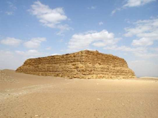 Why did the Egyptians build Pyramids? 2