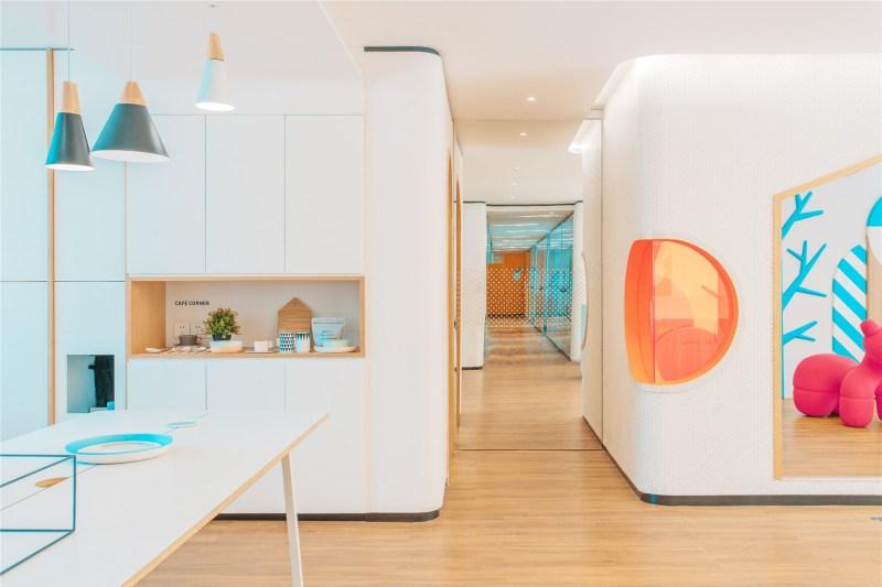 21-id-warm-clinic-a_space_feels_like_home