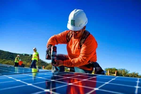 Offre d'emploie dans le solaire photovoltaïque