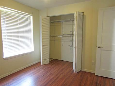 111Banburybedroom4