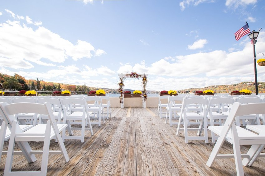 Lake Mohawk Country Club Wedding outdoor ceremony