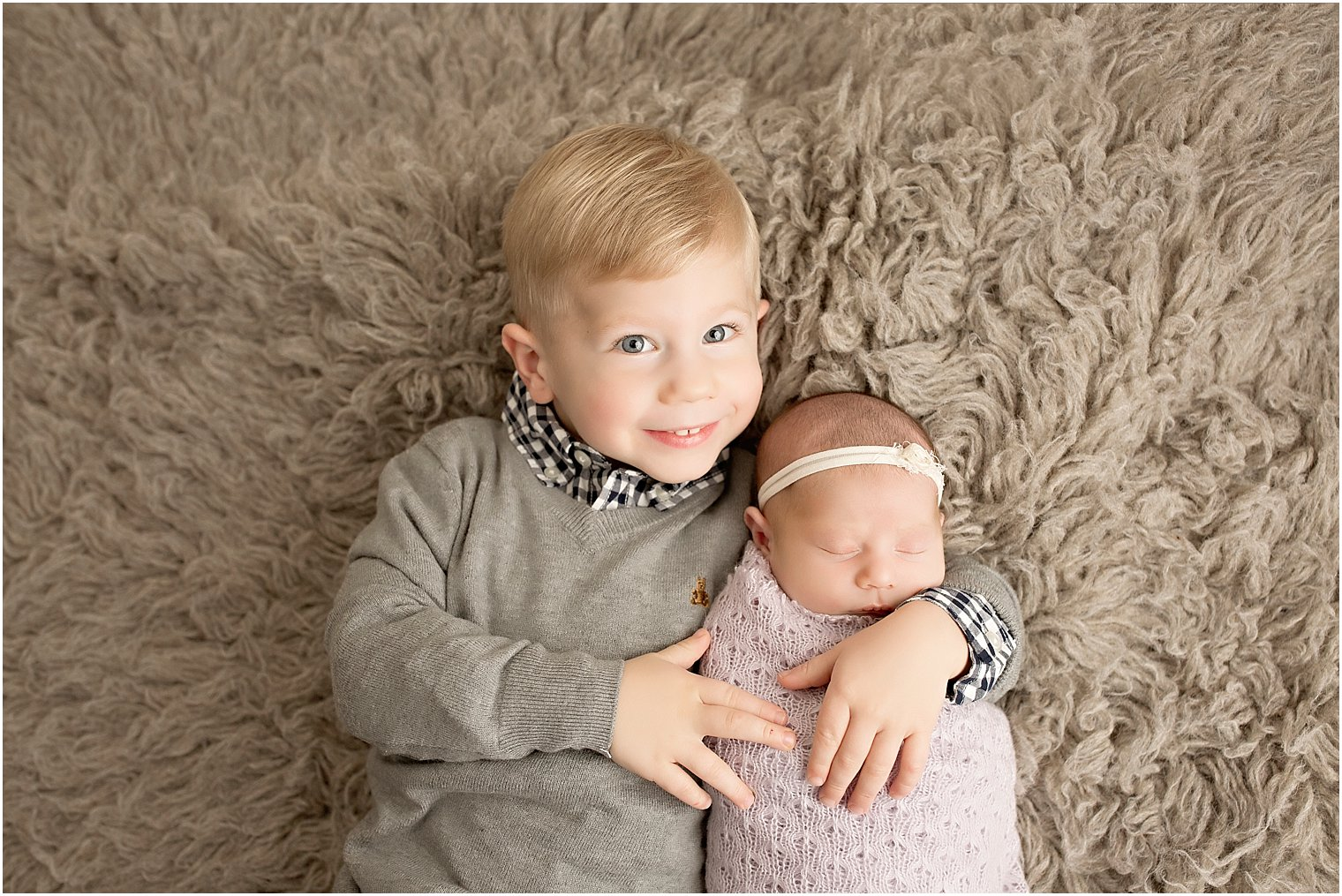 How To Prepare Siblings For Newborn Session
