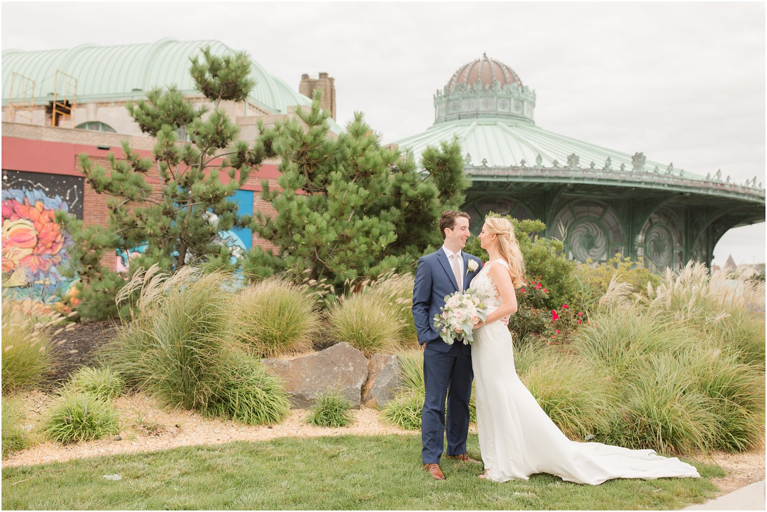 McLoones Pier House Wedding Photos Megan And Tyler