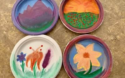 Paint on paper plates