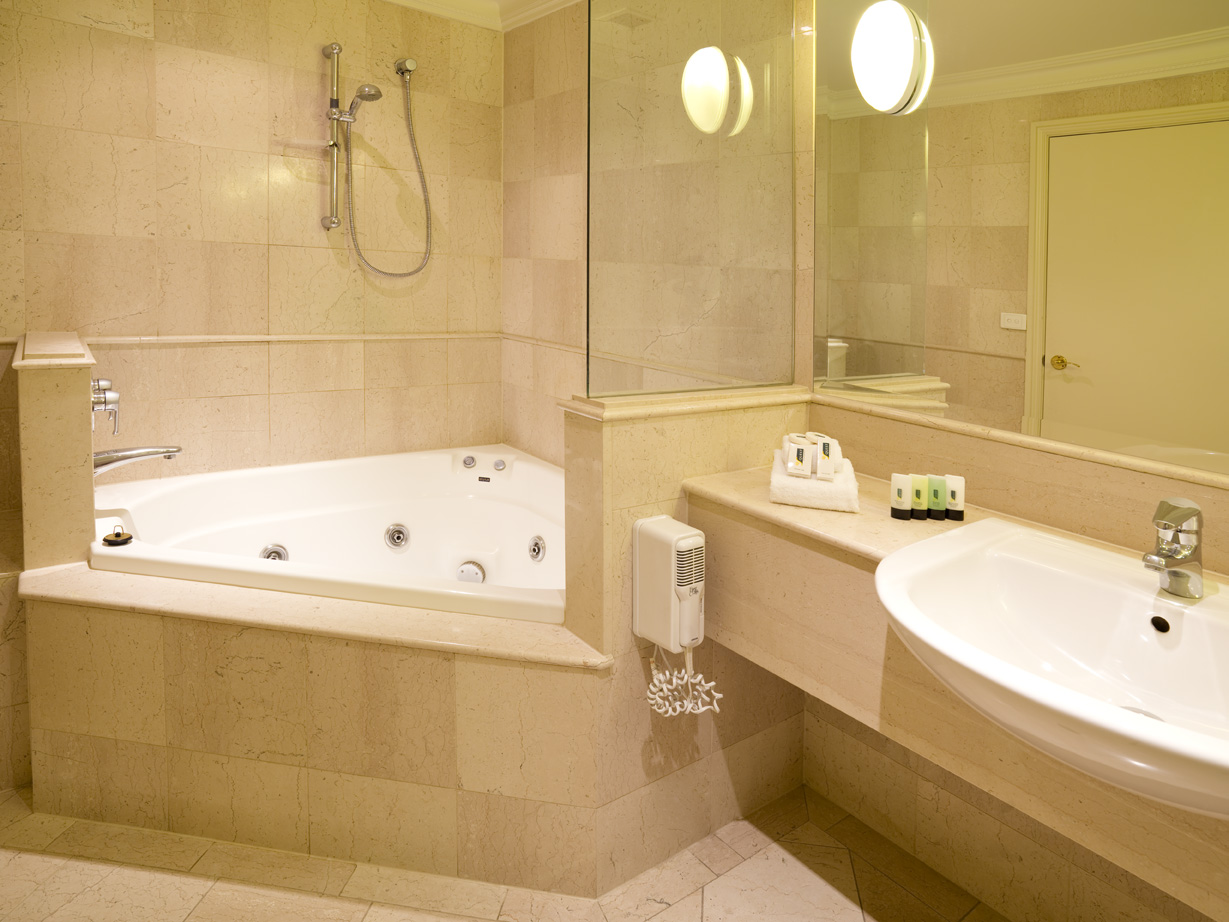 Ultimate Guide To Bathroom Corner Bath Ideas For Your