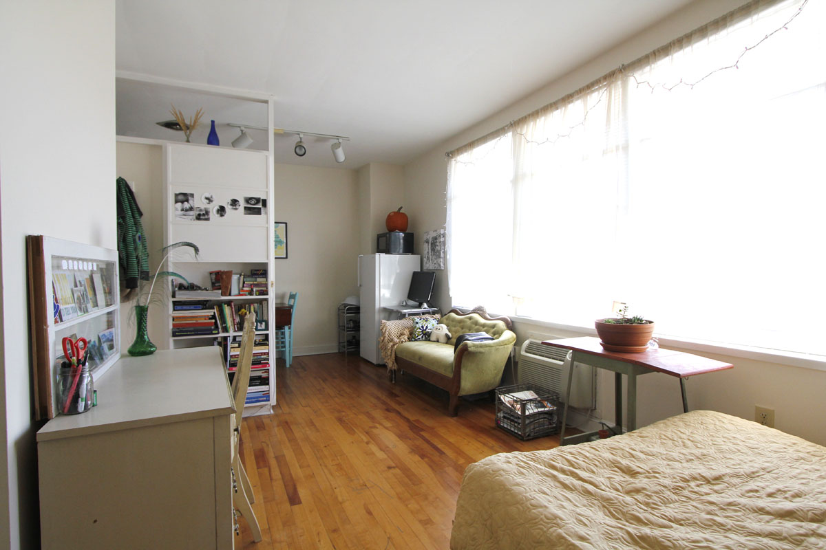 Creative Small Studio Apartment Ideas With Space Saving