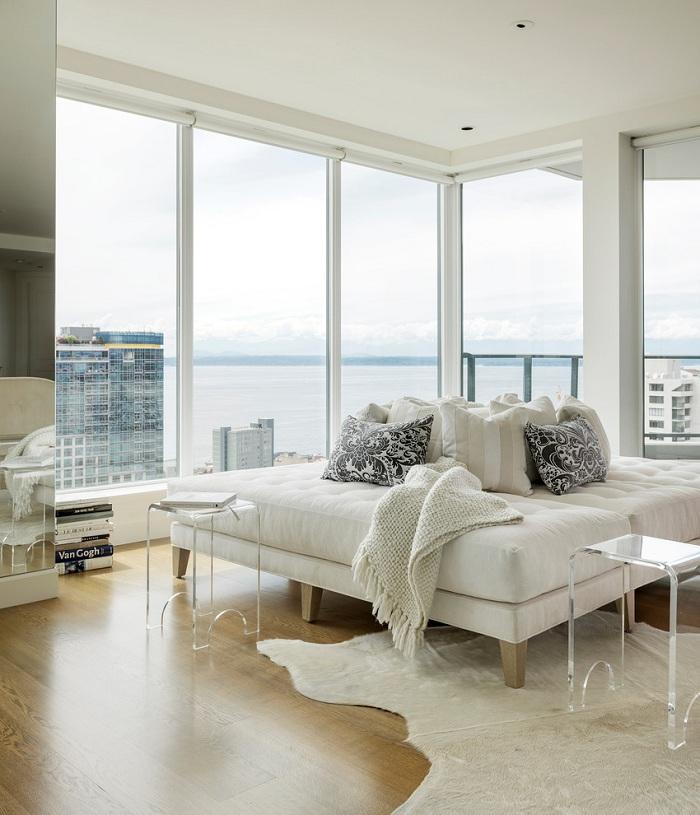Snow White Apartment in Seattle