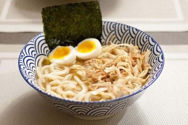 Bouillon et nouilles japonaises