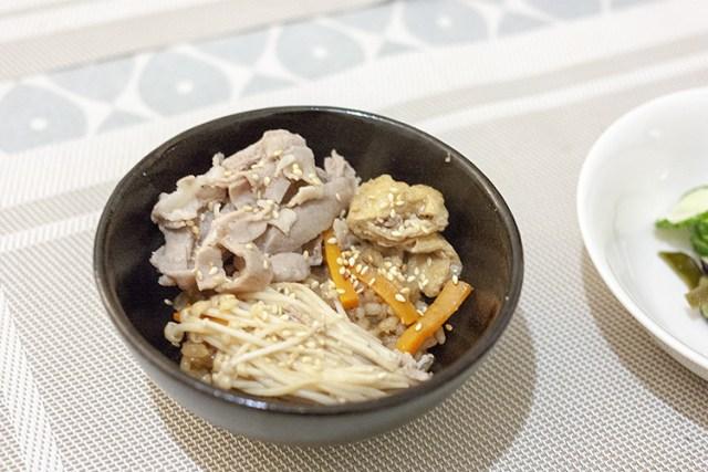 Takikomi Gohan : riz au porc et enoki