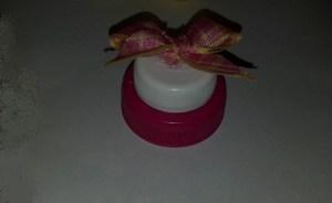 fare cappello per paperella con i tappi di plastica