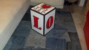 decorare una scatola di legno stile pop art