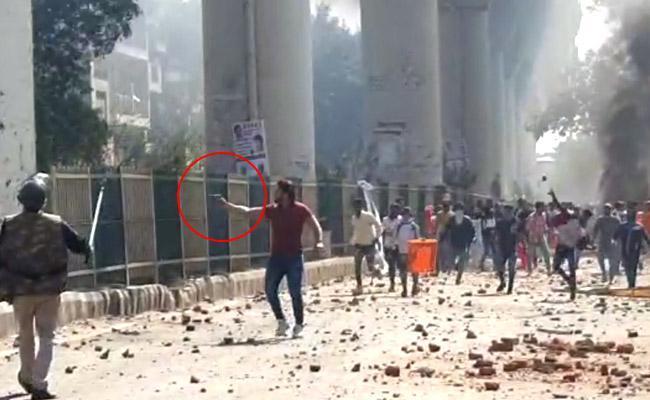 Студенческие волнения — причини и последствия массовых беспорядков в Индии