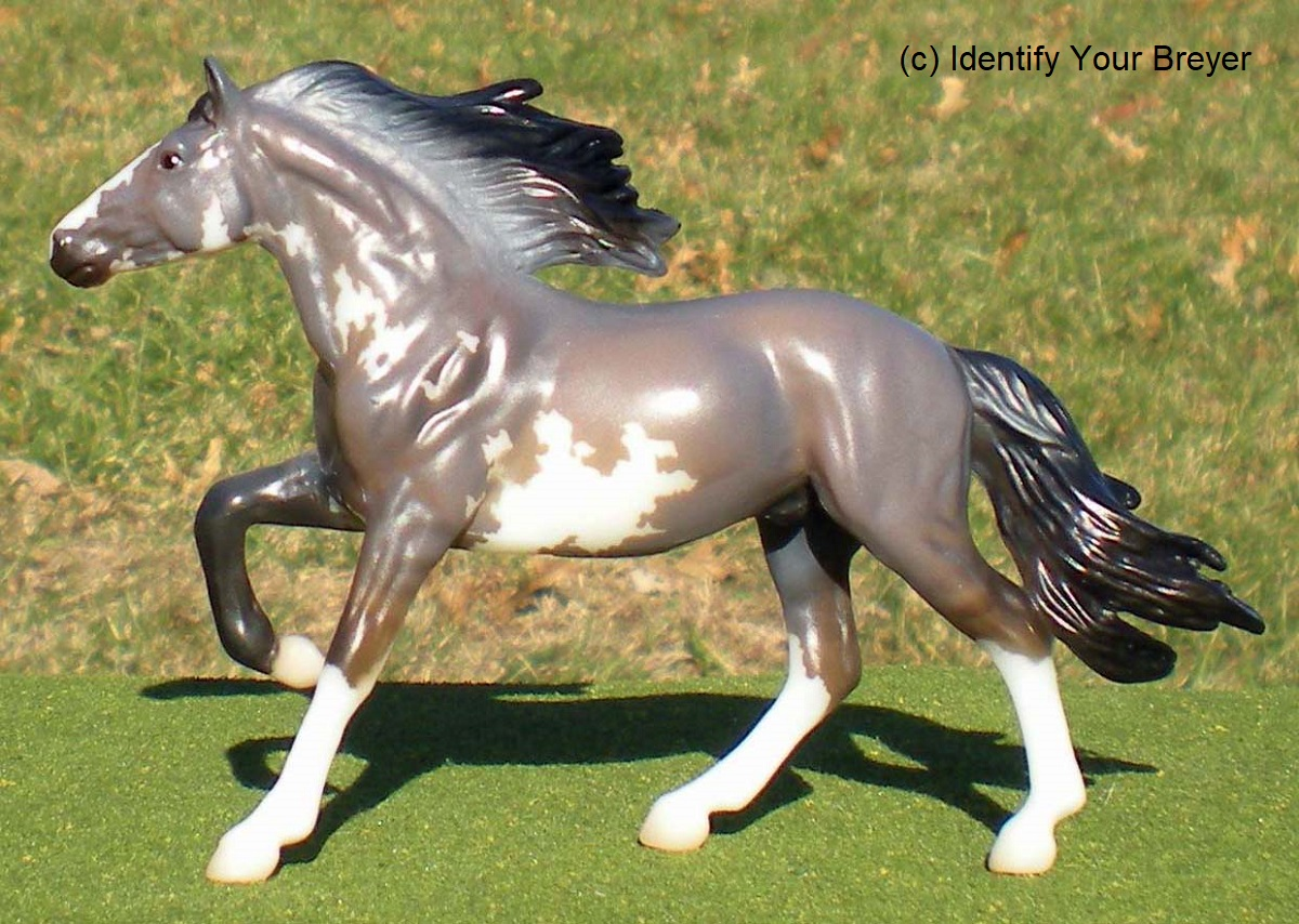 Identify Your Breyer Stablemates Collector S Club