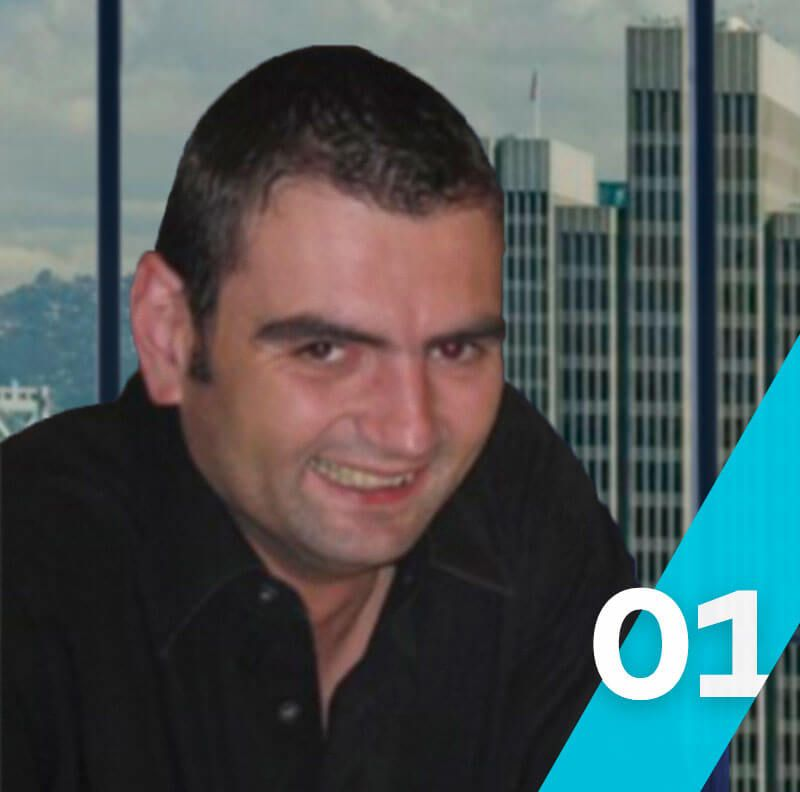 Emiliano Negrillo, Consultor de Marketing Digital, SEO & Analítica Web