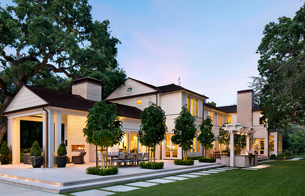 A Serene Californian Luxury Home With Transitional