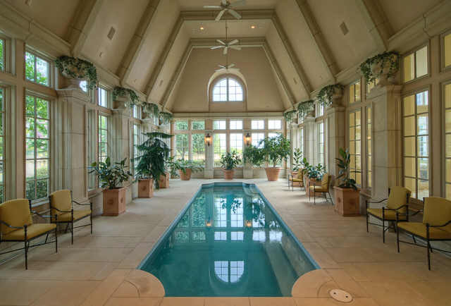 Champ D Or Stunning Estate In Hickory Creek