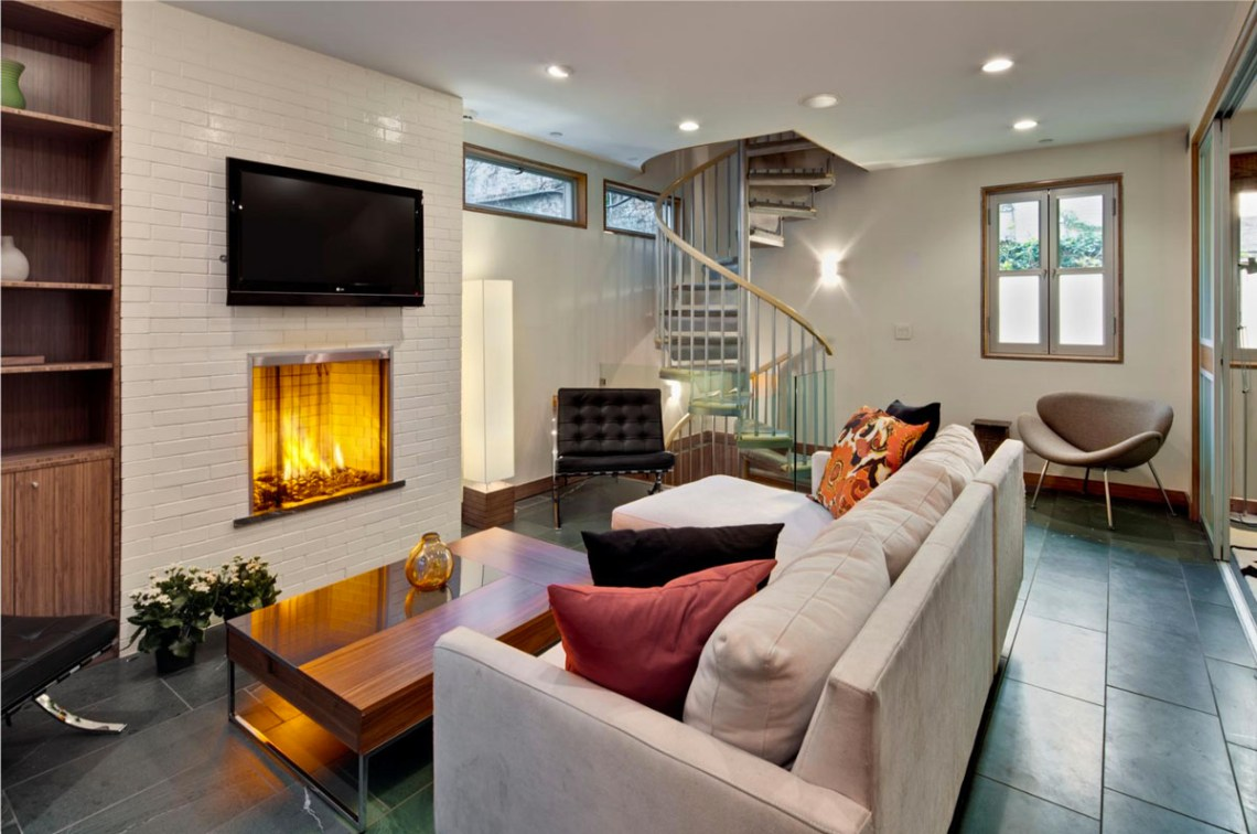 East Village Carriage House With Modernist Interiors ...