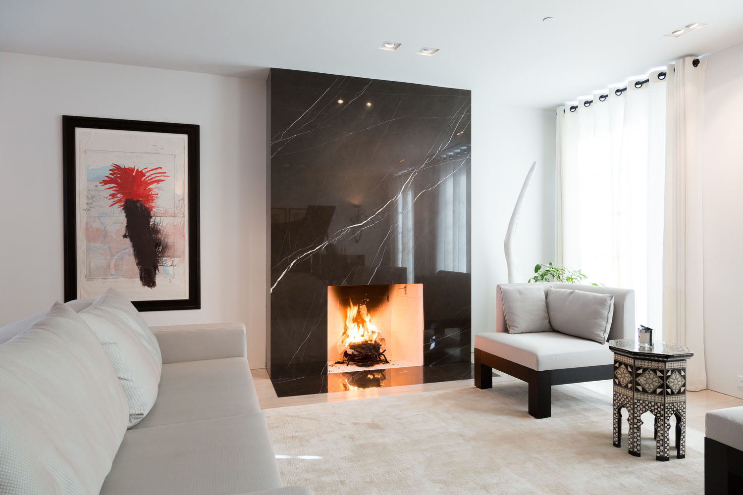 Impeccable Modern Townhouse In Georgetown With Glass