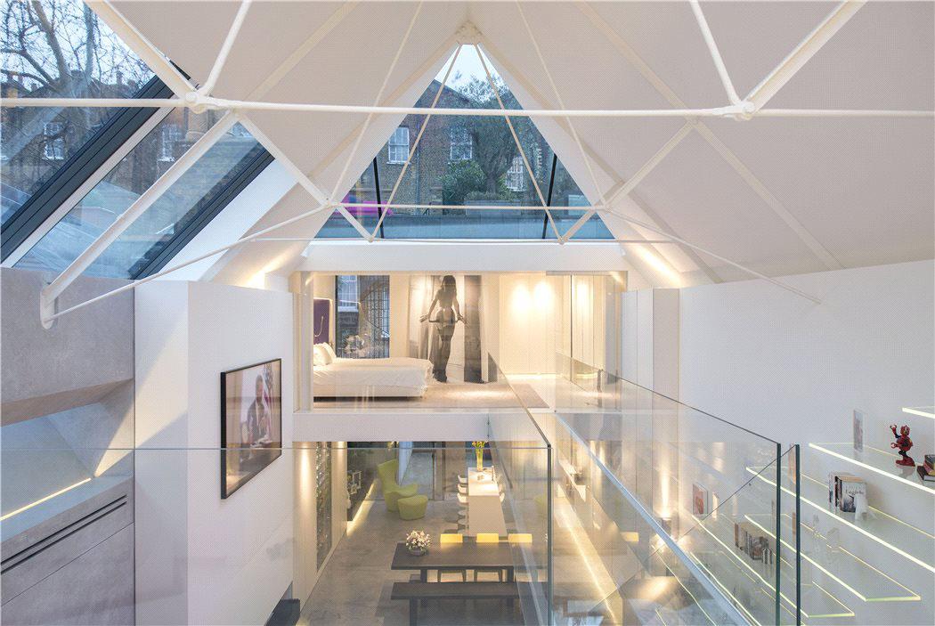 Modern Artists Studio Terrace House In Chelsea