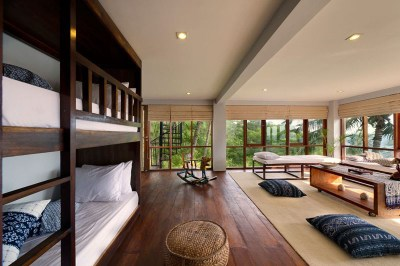 Contemporary Tropical Hillside Villa In Indonesia ...