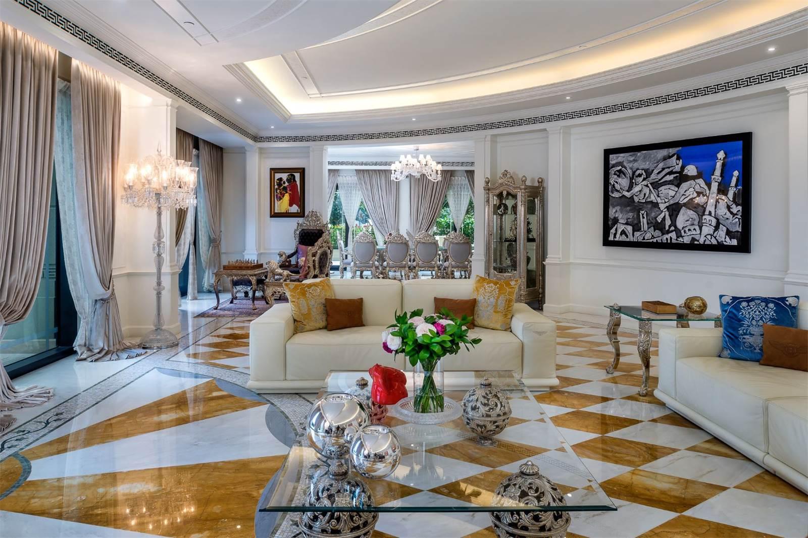 Palazzo Versace Luxury Penthouse Dubai6