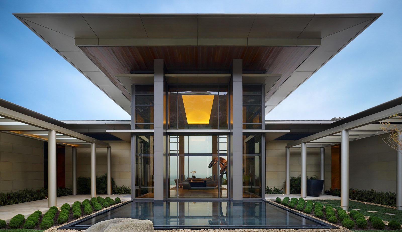 Contemporary Hong Kong Villa Inspired By Traditional
