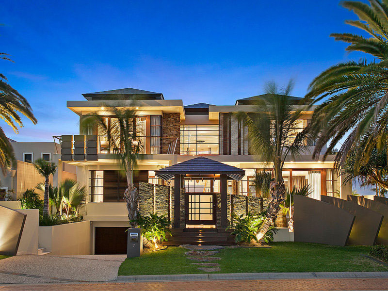 Contemporary Waterfront Island Home With A Tropical Resort