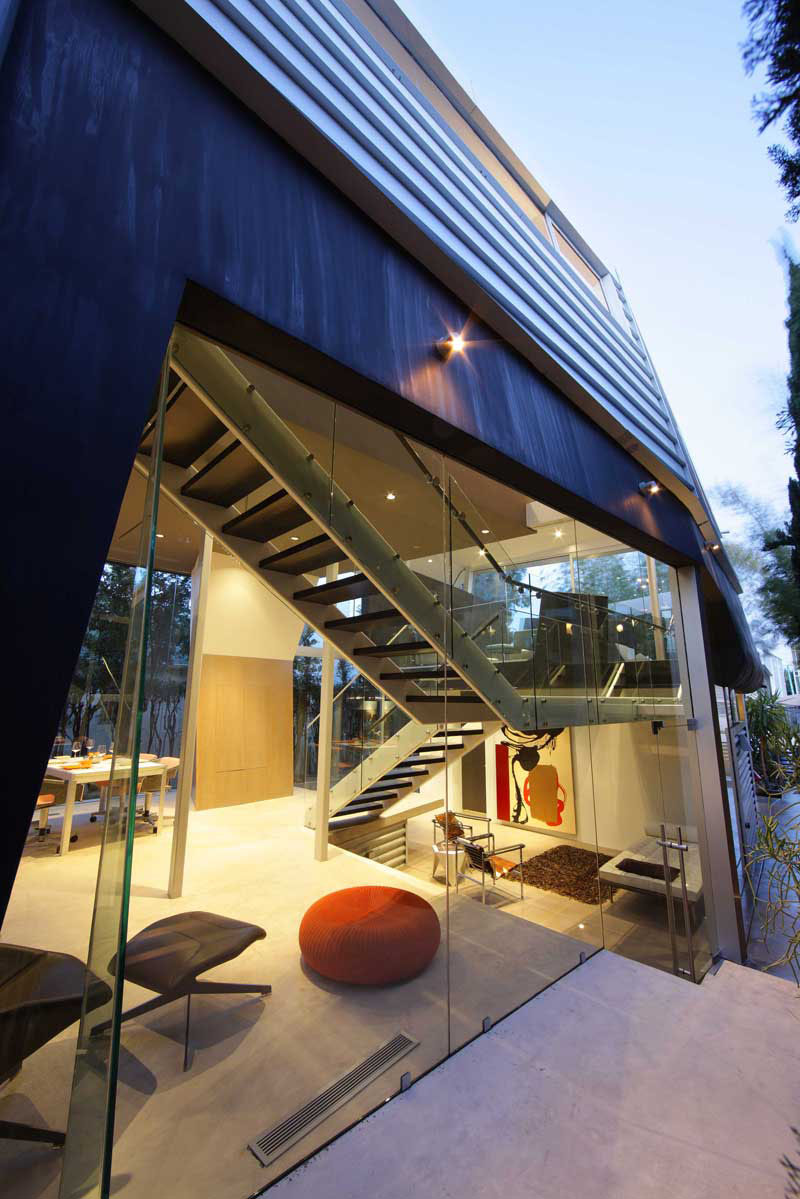 Skywave House An Artistic Residential Architecture