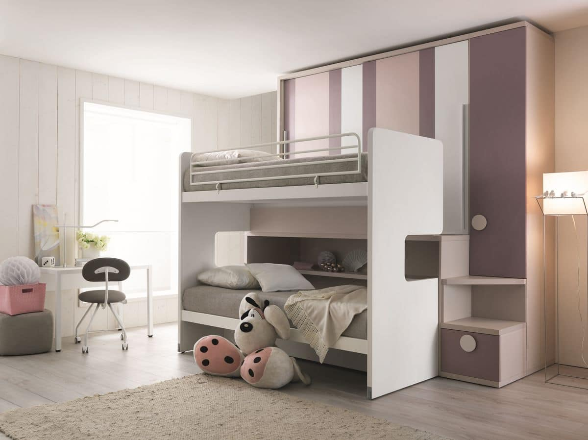 Saving Space Bedroom With Three Beds And Wardrobe Idfdesign