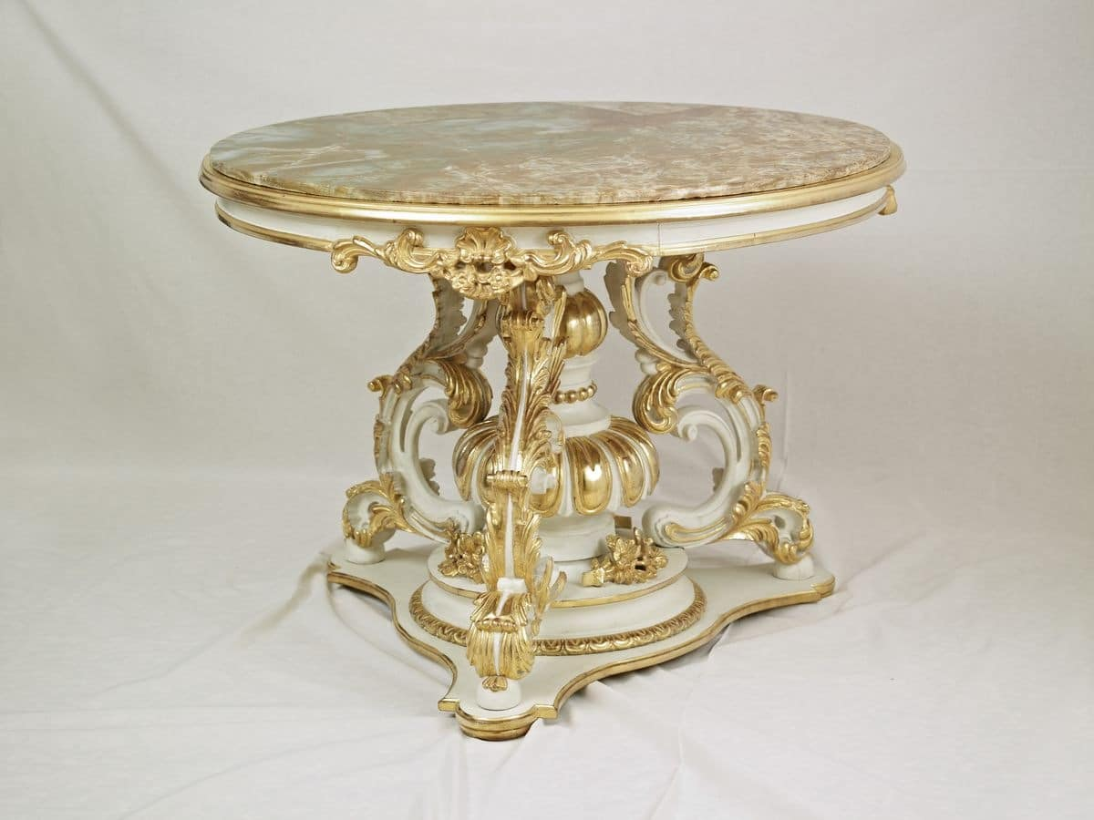 round little table for center hall in