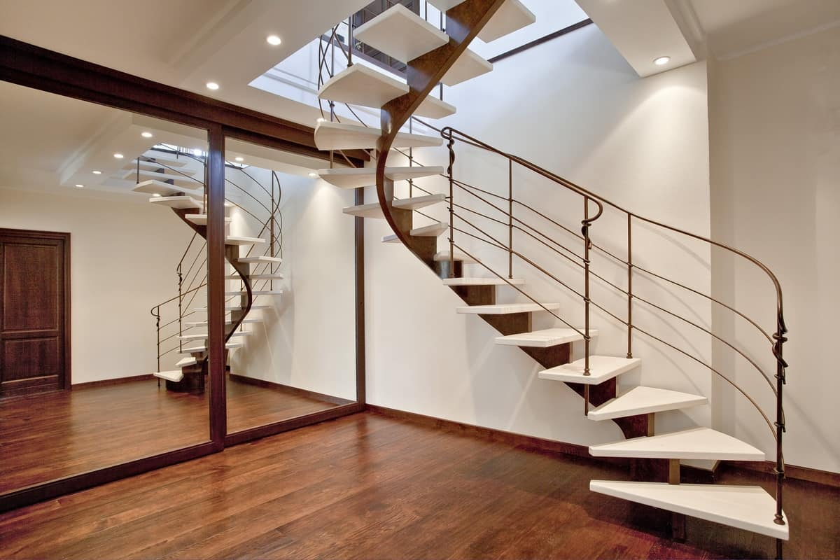 Spiral Staircase With Single Beam Structure IDFdesign