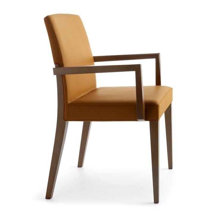 chaise en bois avec accoudoirs une