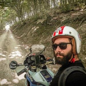 visitmarche-itinerario-sterrate-moto-gola-della-rossa-monte-san-vicino-3