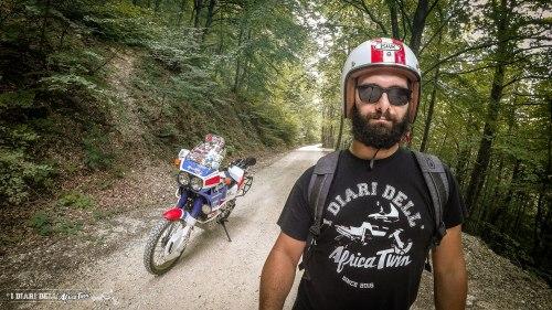 visitmarche-itinerario-sterrate-moto-gola-della-rossa-monte-san-vicino-6