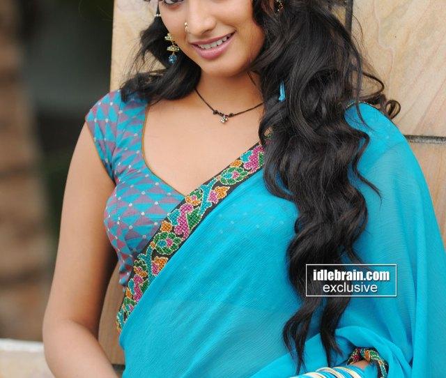 Hari Priya Exposing Again In Blue Sareehari Priya Exposing Again In Blue Saree