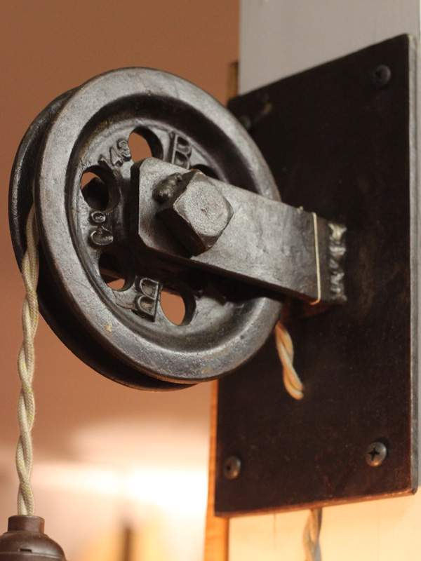 Rustic Farmhouse Pulley Pendant Light ID Lights
