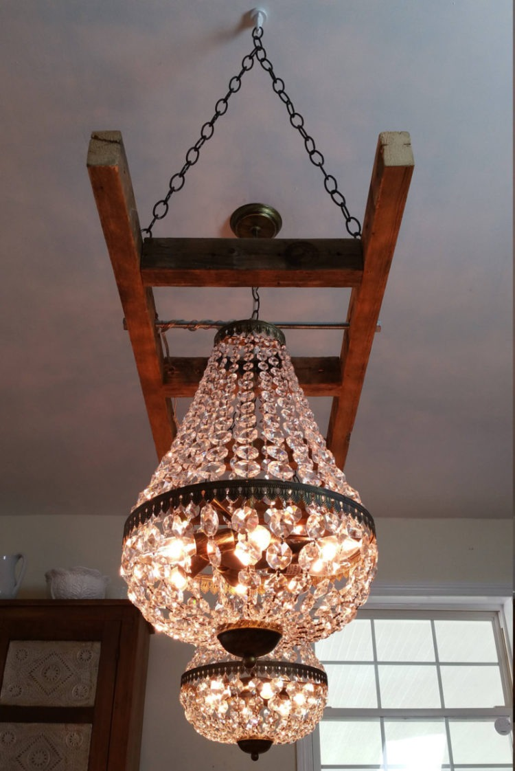 Vintage Farmhouse Ladder With Crystal Chandeliers Id Lights