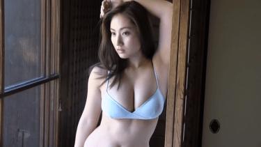 【紗綾】Fカップ4 日本家屋と5種のビキニ