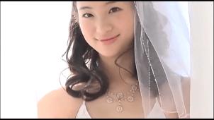 【足立梨花】-カップ2 綺麗のお姉さんのセクシーウェディングコス