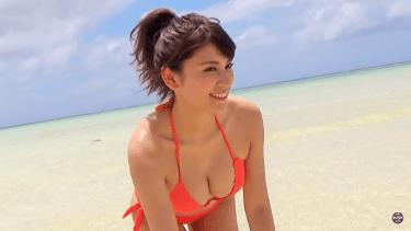 【久松郁実】Dカップ27 ヤンマガグラビア!グアム撮影!濡れ髪いくみんが見れる!