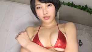 【咲村良子】Hカップ3 メタリックビキニ姿で柔らかさ度MAXのおっぱい揺れ!腰のグラインド!M字開脚も披露!
