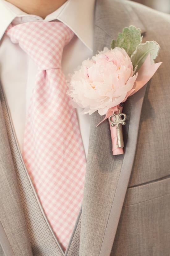 groom second wedding