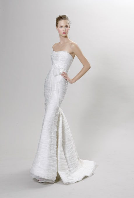 Ultra modern wedding gowns for your second time around for Second time around wedding dresses