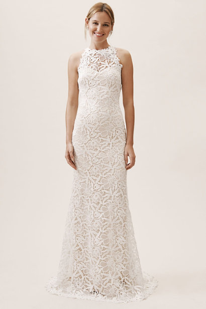 Classic Wedding Gowns for the Over 50 Bride [2019 Edition]