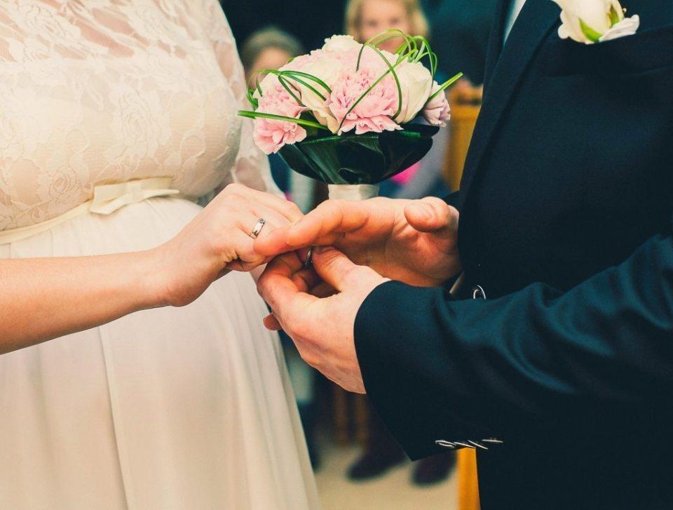 bride-926690_1920