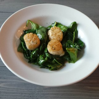 Seared Scallops & Wilted Spinach