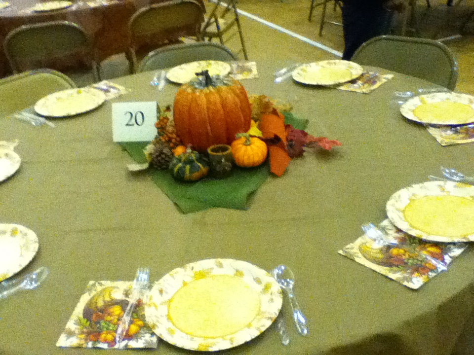 Thanksgiving table decorations 003
