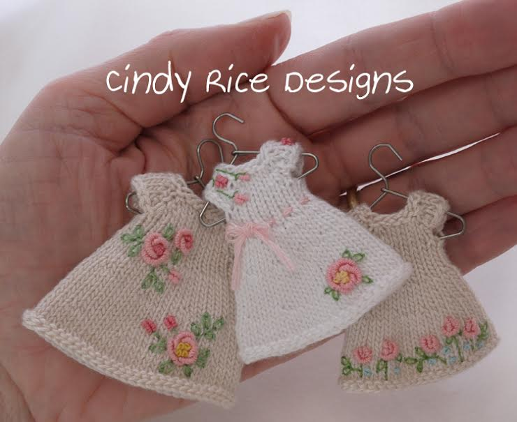 Blog cindy Rice 3 dresses in her palm