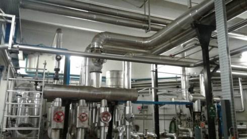 Tubi alimentazione aria compressa, materiale plastico e tubi di raffreddamento presse