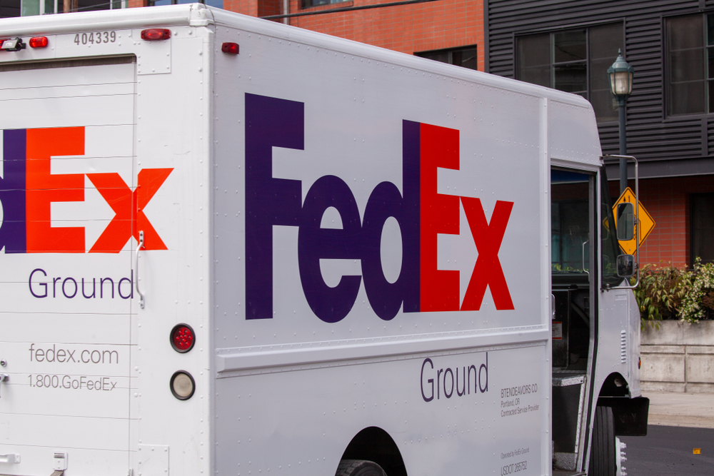 shutterstock_1441624559 Scam Alert: FedEx Delivery Text Scam
